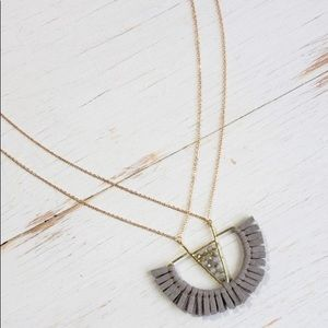 Lizard Thicket Grey Statement necklace